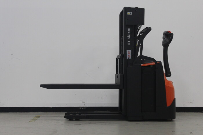 Toyota-Gabelstapler-59840 1606014481 1 31 scaled