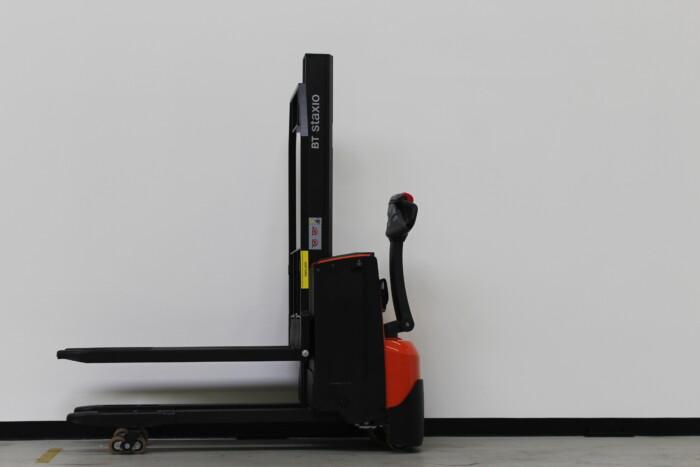 Toyota-Gabelstapler-59840 1607003741 1 scaled