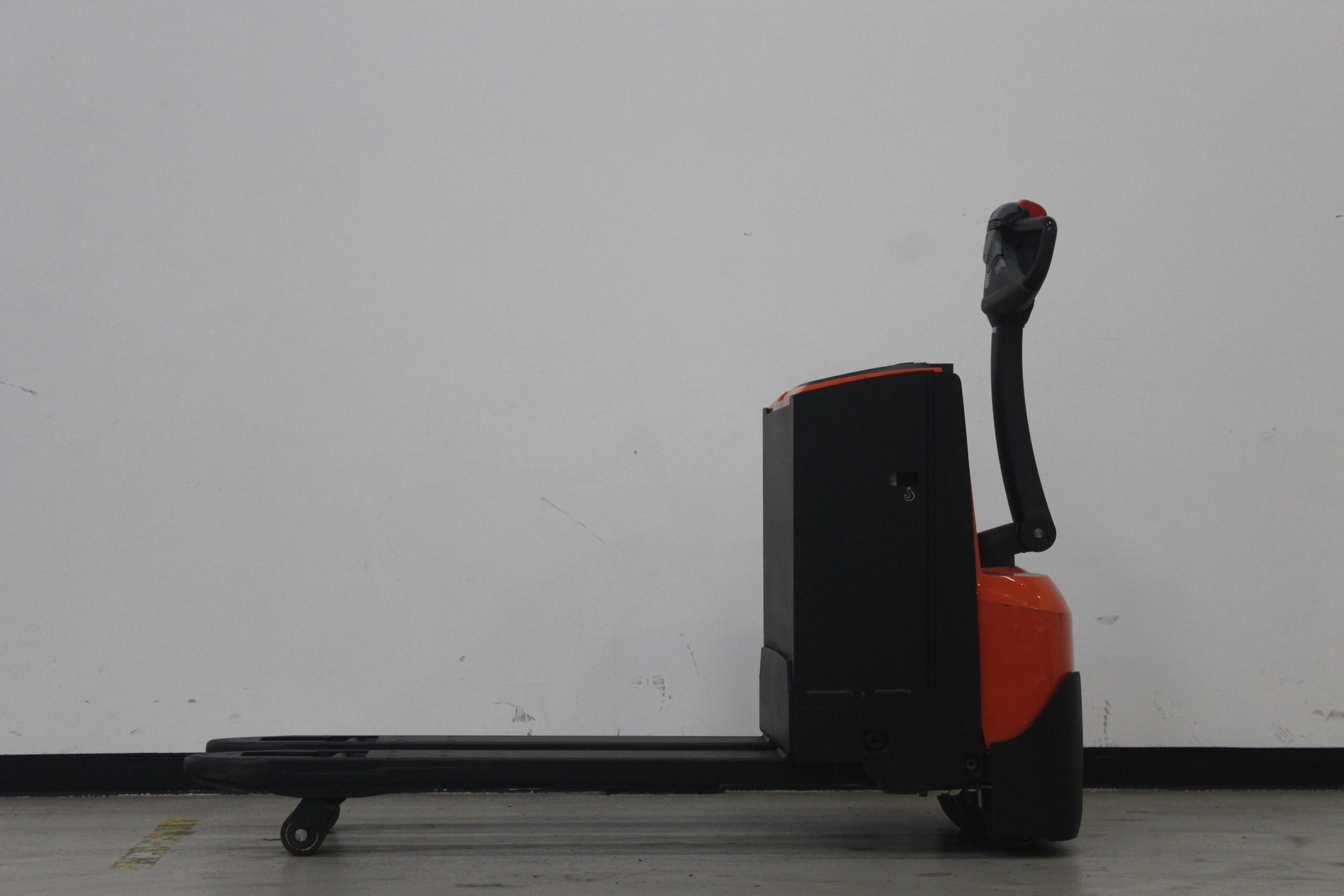 Toyota-Gabelstapler-59840 1610006827 1 33 scaled