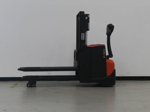 Toyota-Gabelstapler-59840 1610083128 1 7