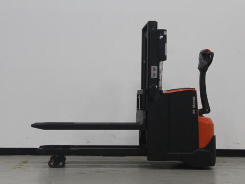 Toyota-Gabelstapler-59840 1610083806 1 10