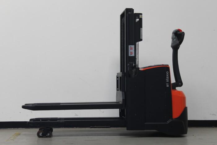 Toyota-Gabelstapler-59840 1610088316 1 scaled