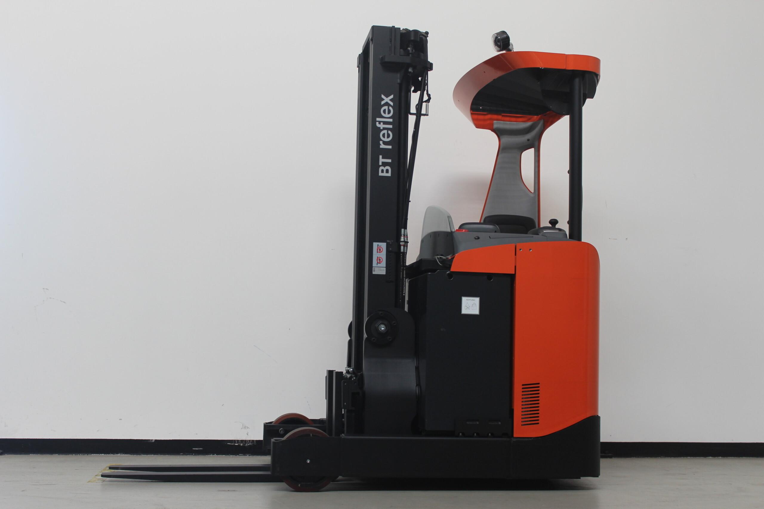Toyota-Gabelstapler-59840 1610088322 1 29 scaled