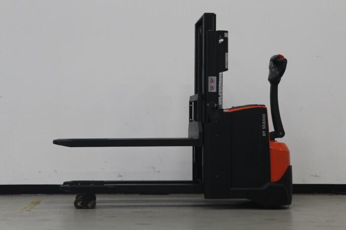 Toyota-Gabelstapler-59840 1610093361 1 scaled