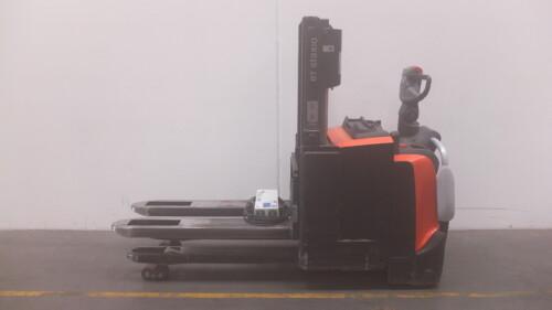 Toyota-Gabelstapler-59840 1611010056 1