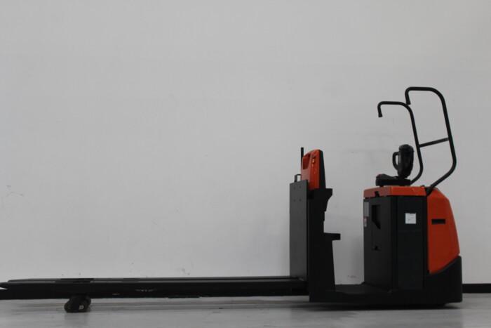 Toyota-Gabelstapler-59840 1611020749 1 scaled