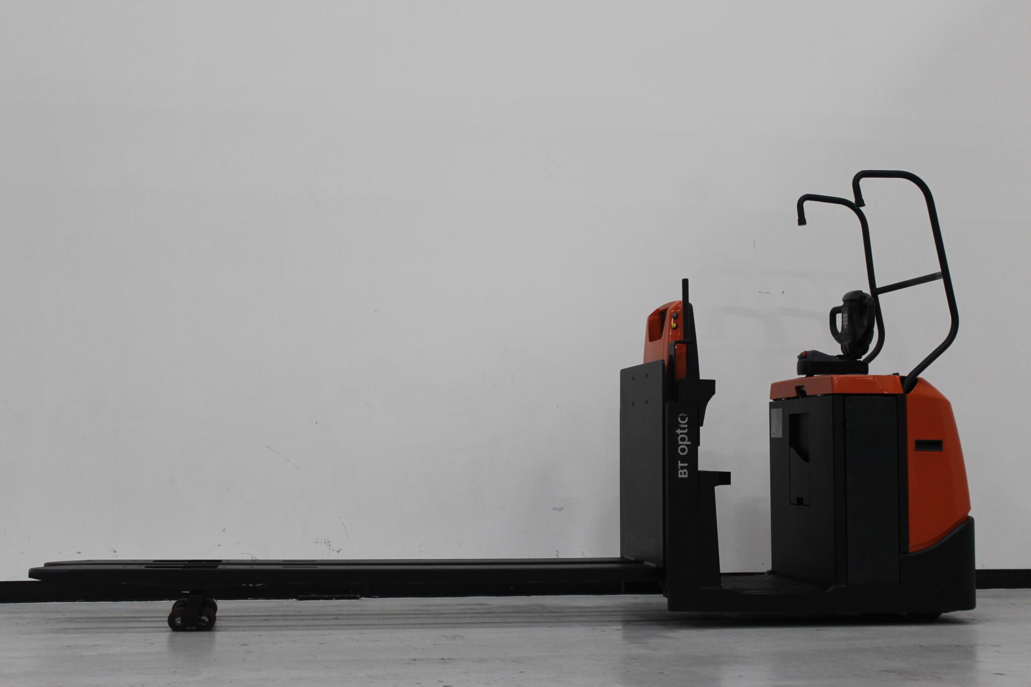 Toyota-Gabelstapler-59840 1611025934 1 scaled