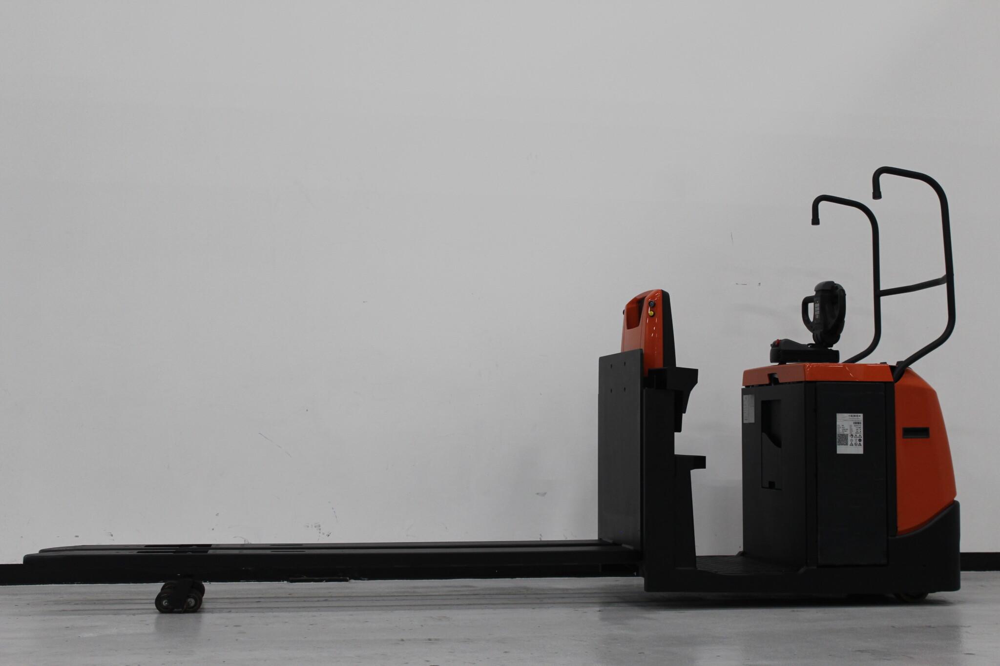 Toyota-Gabelstapler-59840 1612036013 1 scaled