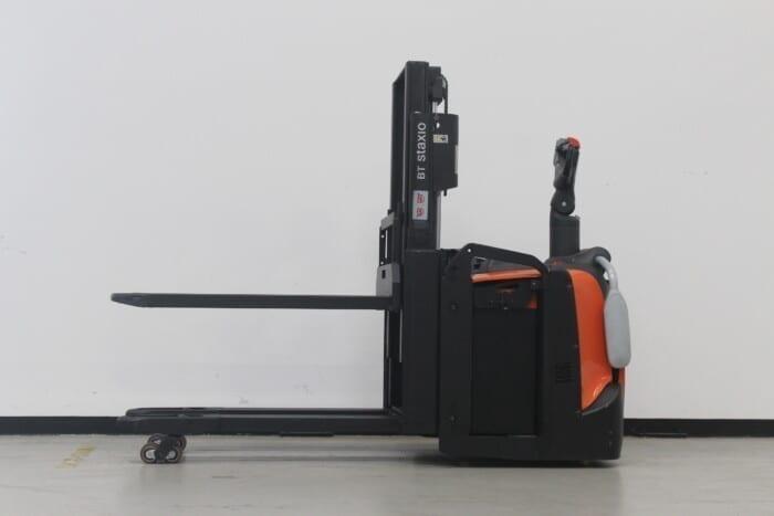 Toyota-Gabelstapler-59840 1706031619 1 11 scaled