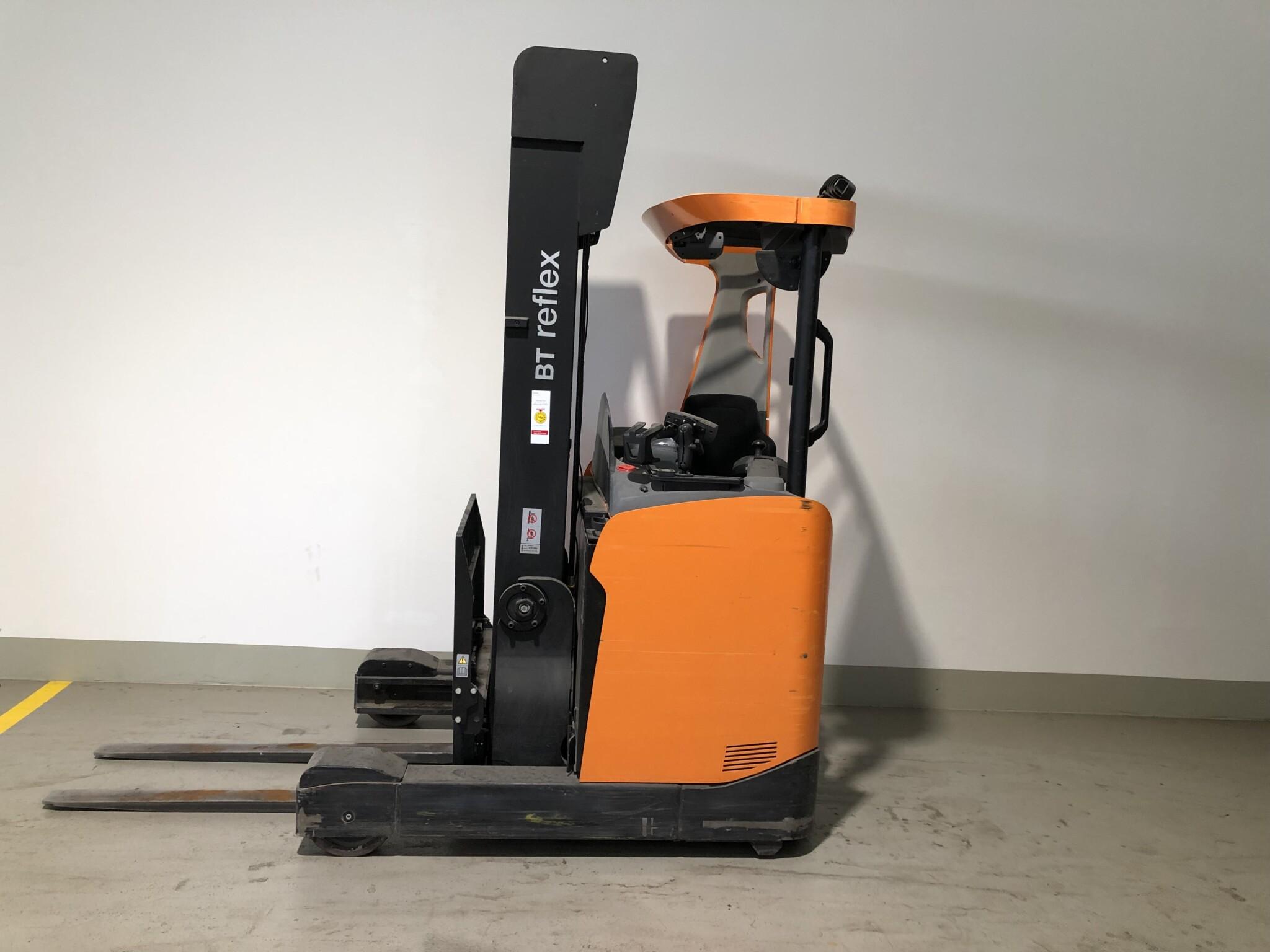 Toyota-Gabelstapler-59840 1706042820 1 scaled