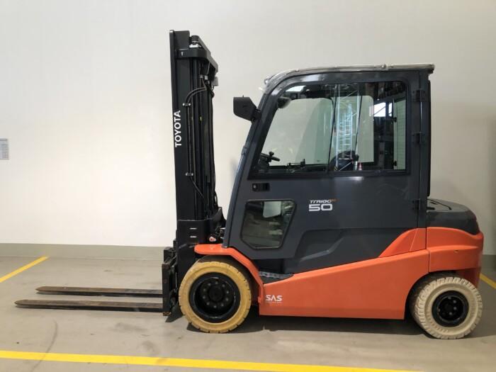 Toyota-Gabelstapler-59840 1707032233 1 85 scaled