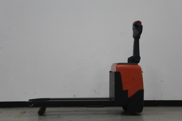 Toyota-Gabelstapler-59840 1708006229 1 scaled