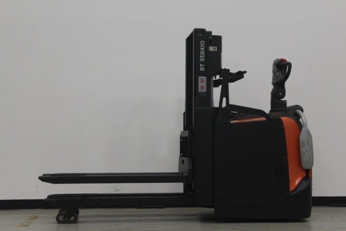 Toyota-Gabelstapler-59840 1708018730 1 41 scaled