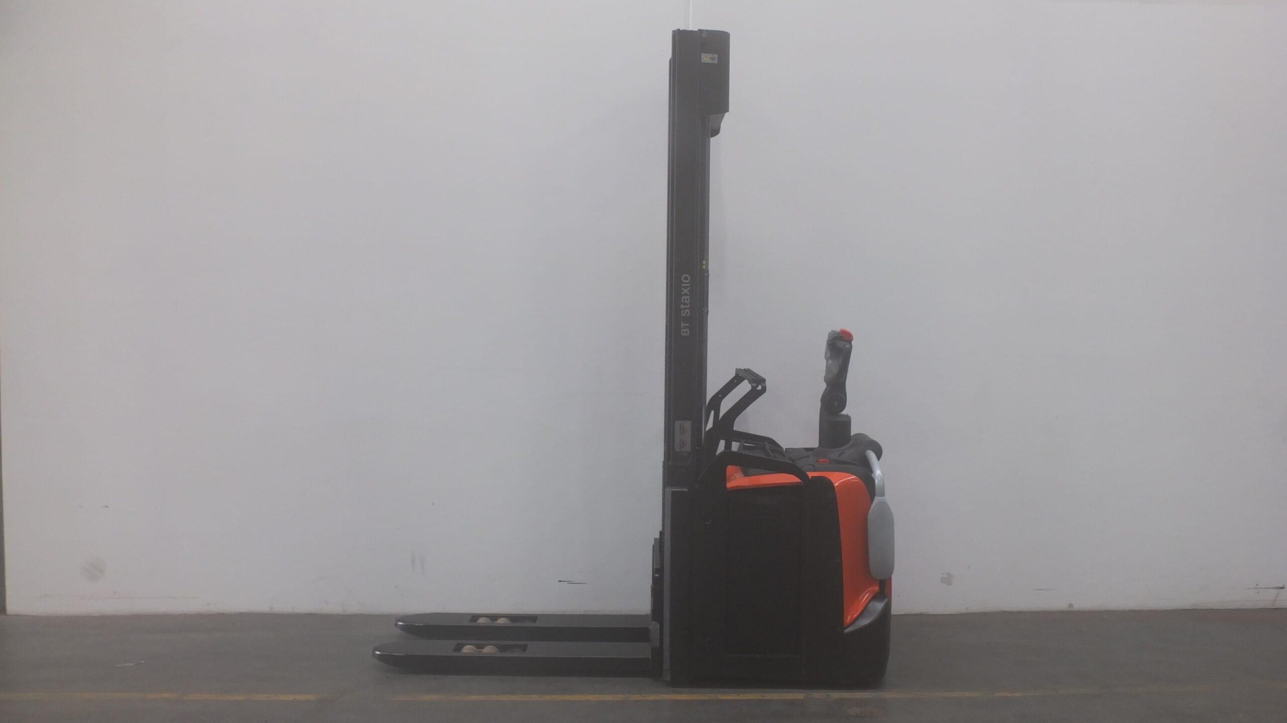 Toyota-Gabelstapler-59840 1710005330 1 scaled