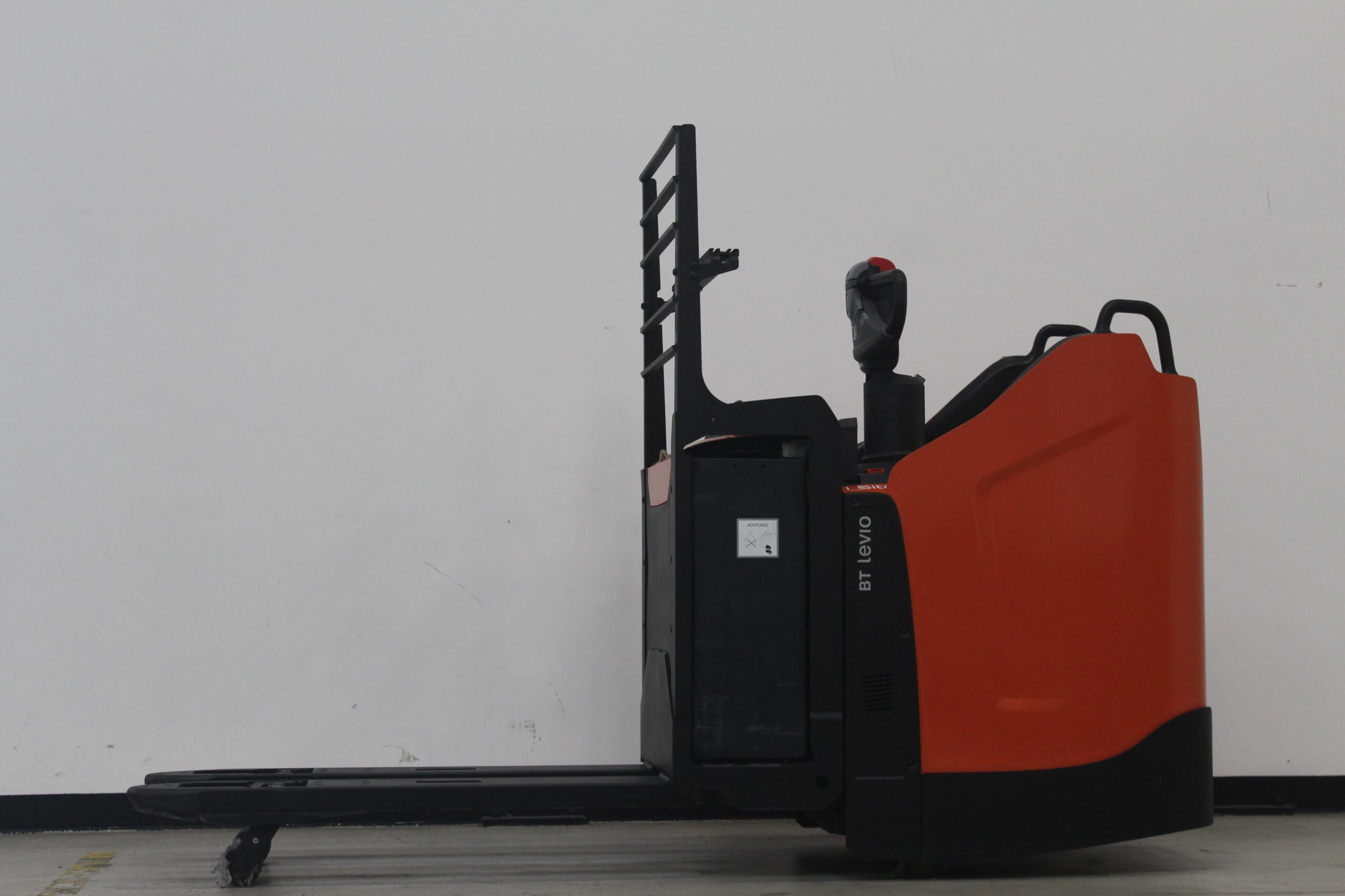 Toyota-Gabelstapler-59840 1710042612 1 10 scaled