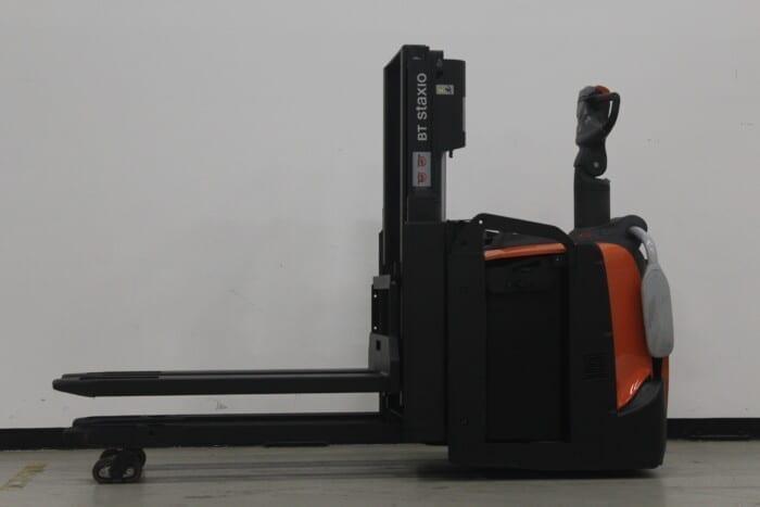 Toyota-Gabelstapler-59840 1712007106 1 41 scaled