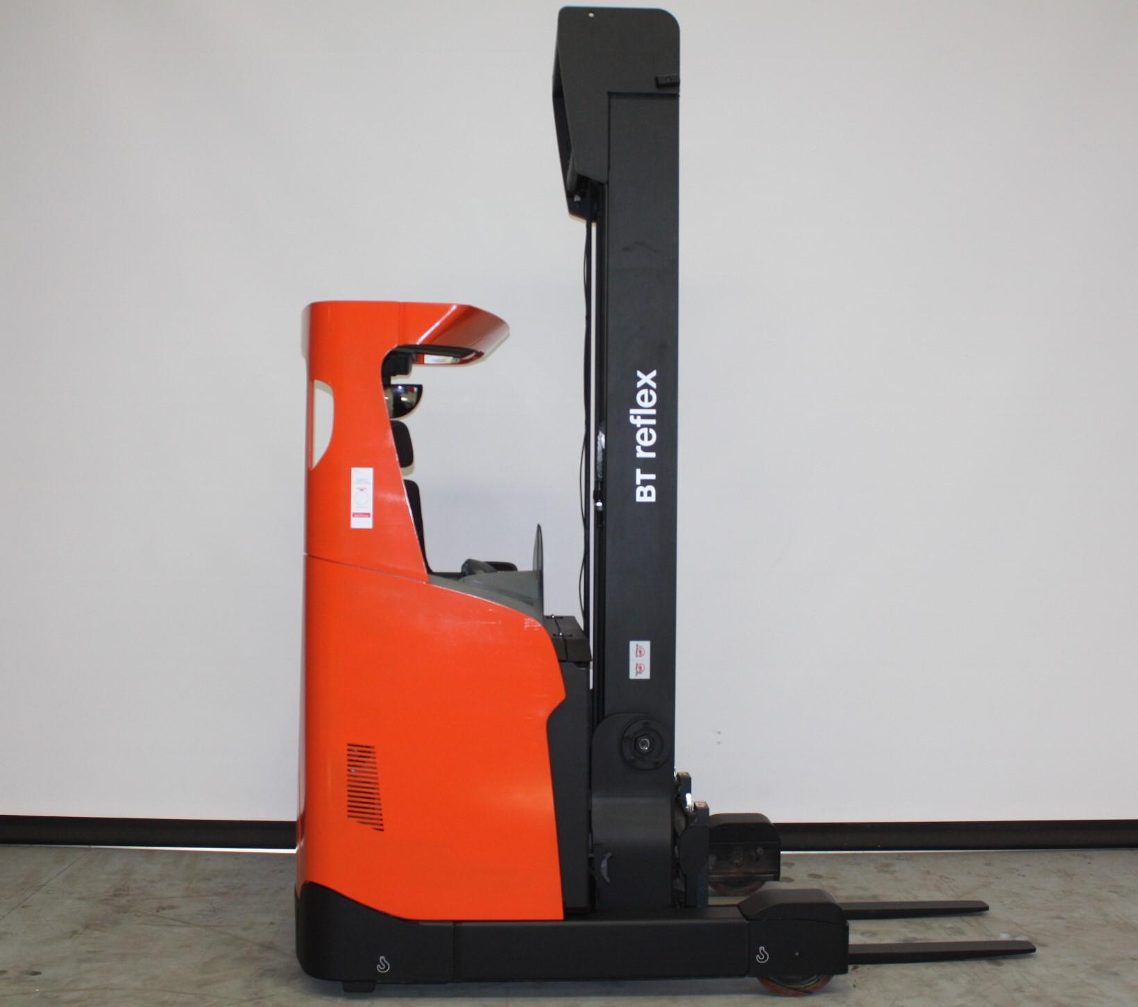Toyota-Gabelstapler-59840 1712013661 1 87