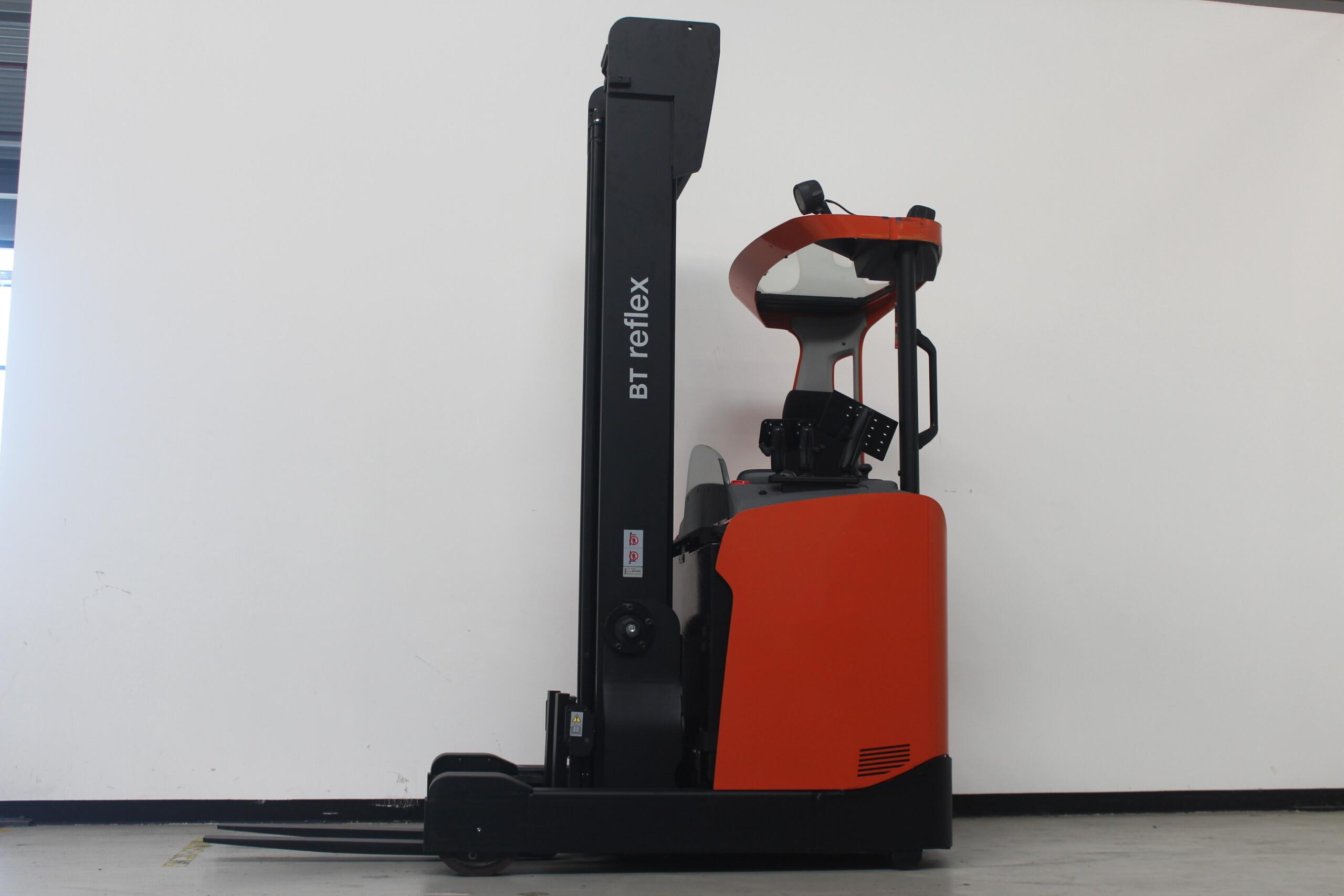 Toyota-Gabelstapler-59840 1801036151 1 30 scaled