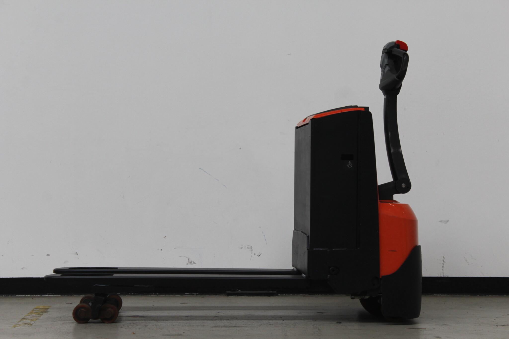 Toyota-Gabelstapler-59840 1802004837 1 scaled