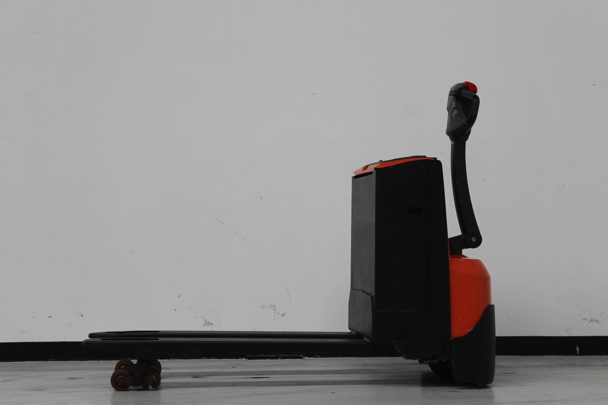Toyota-Gabelstapler-59840 1802020212 1 scaled