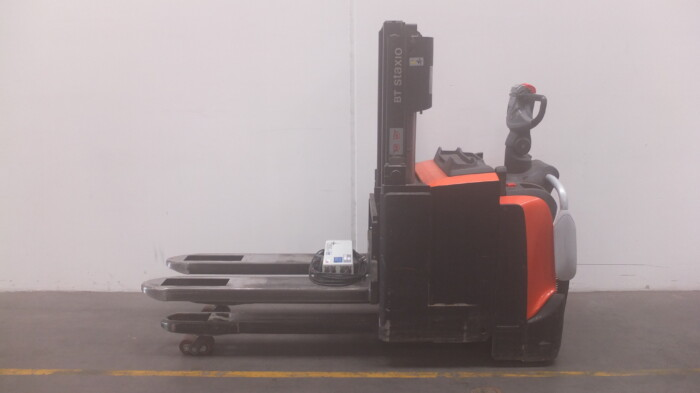Toyota-Gabelstapler-59840 1802024267 1 scaled
