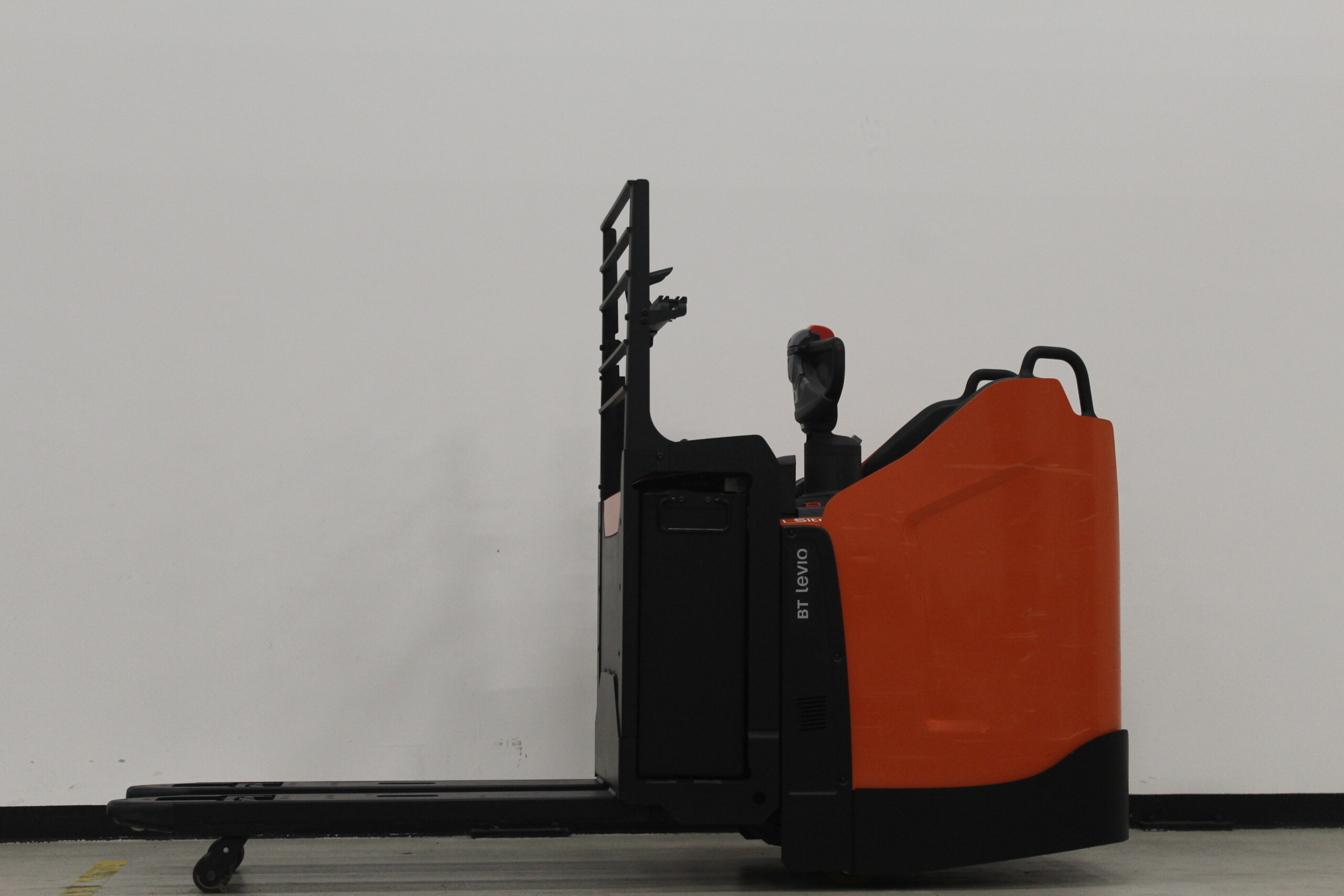Toyota-Gabelstapler-59840 1803003279 1 56 scaled