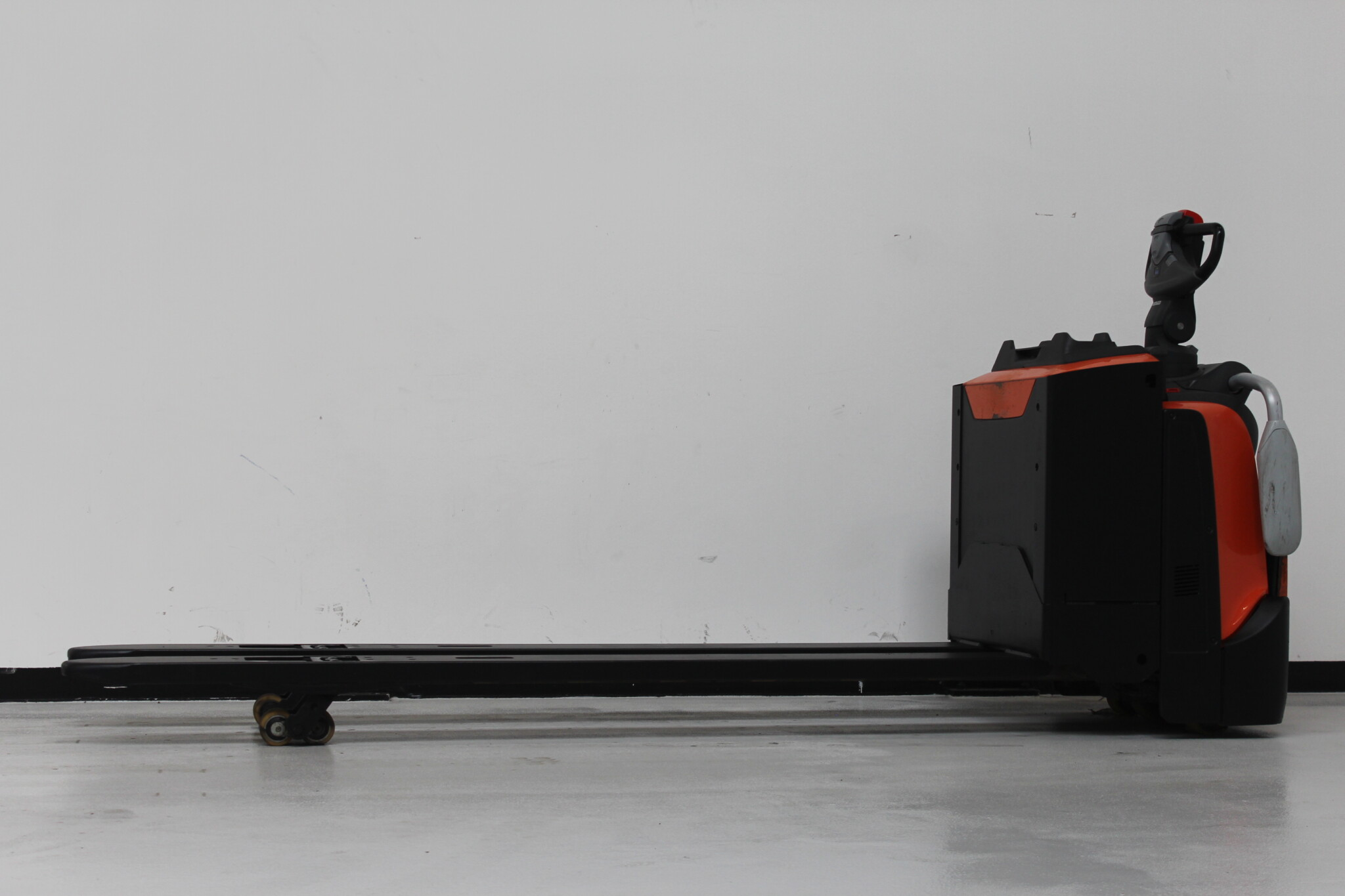 Toyota-Gabelstapler-59840 1803015646 1 scaled