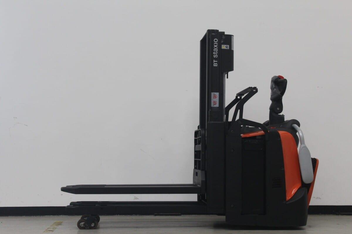 Toyota-Gabelstapler-59840 1803034791 1 24 scaled