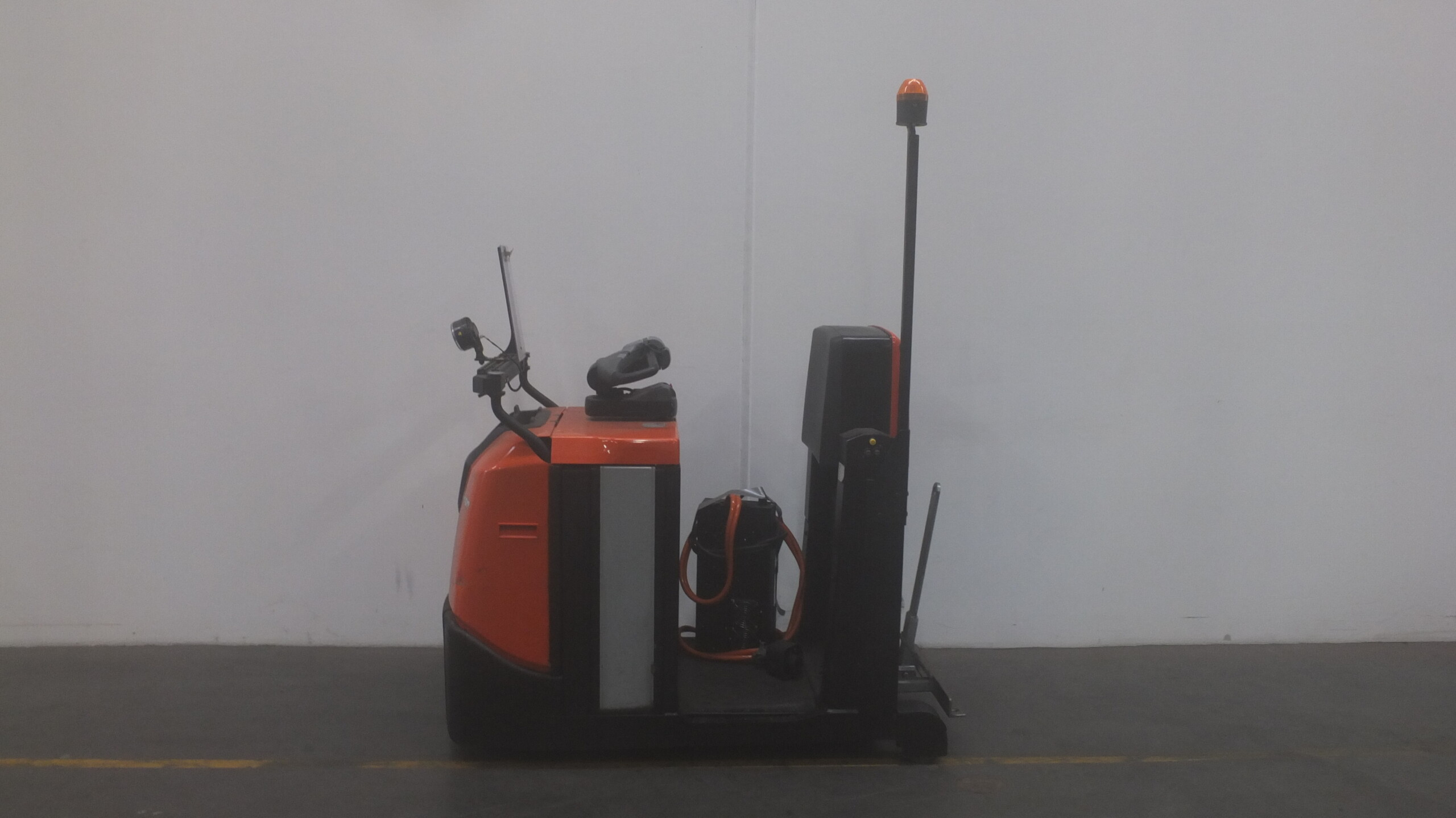 Toyota-Gabelstapler-59840 1803040074 1 9 scaled