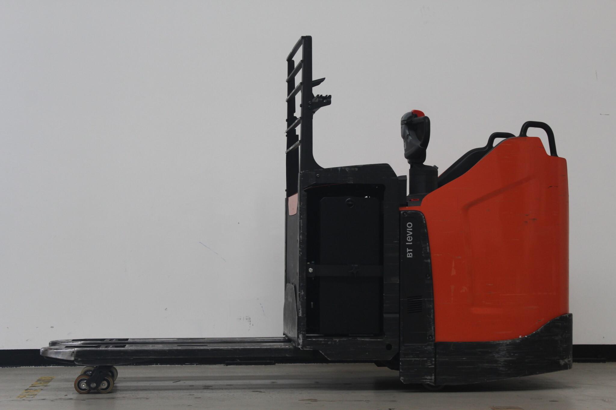 Toyota-Gabelstapler-59840 1805026632 1 46 scaled