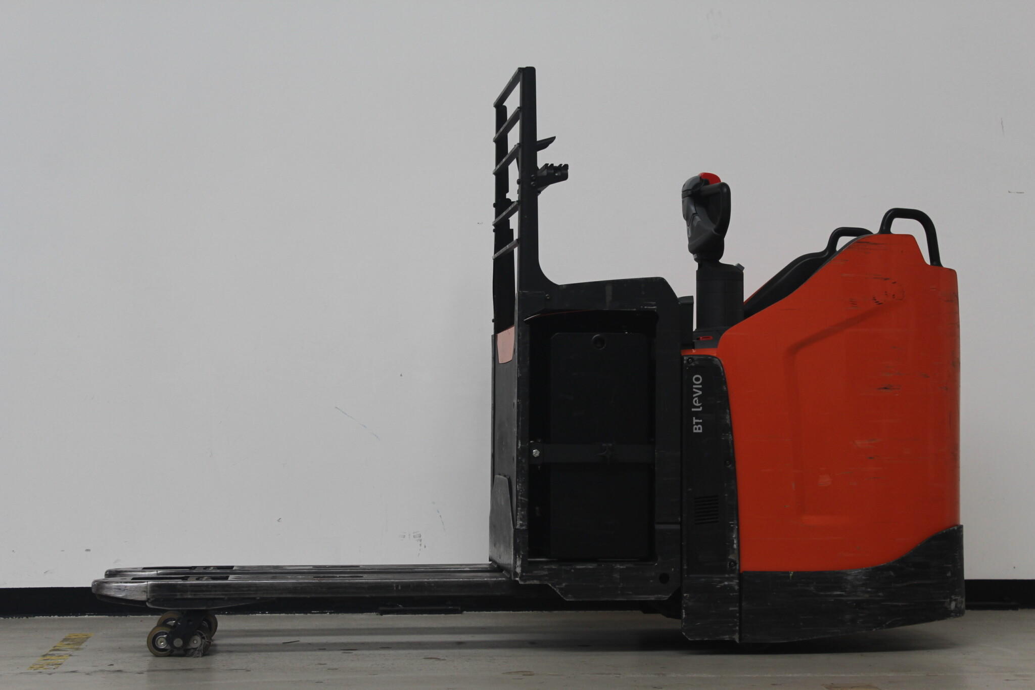 Toyota-Gabelstapler-59840 1805026660 1 31 scaled