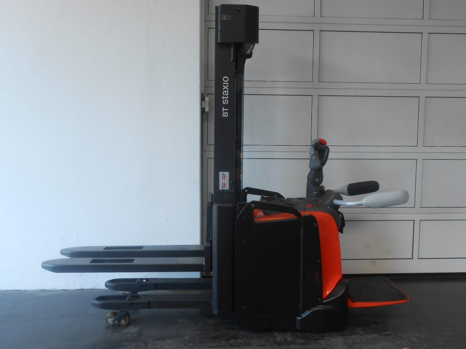Toyota-Gabelstapler-59840 1807019104 1 96