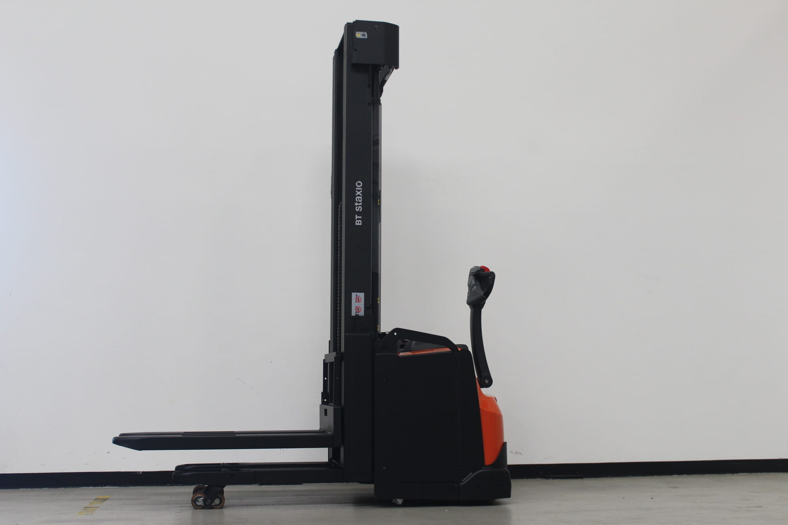 Toyota-Gabelstapler-59840 1807021173 1 scaled