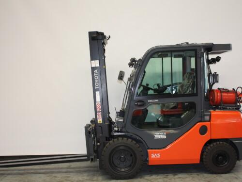 Toyota-Gabelstapler-59840 1807033888 1 38