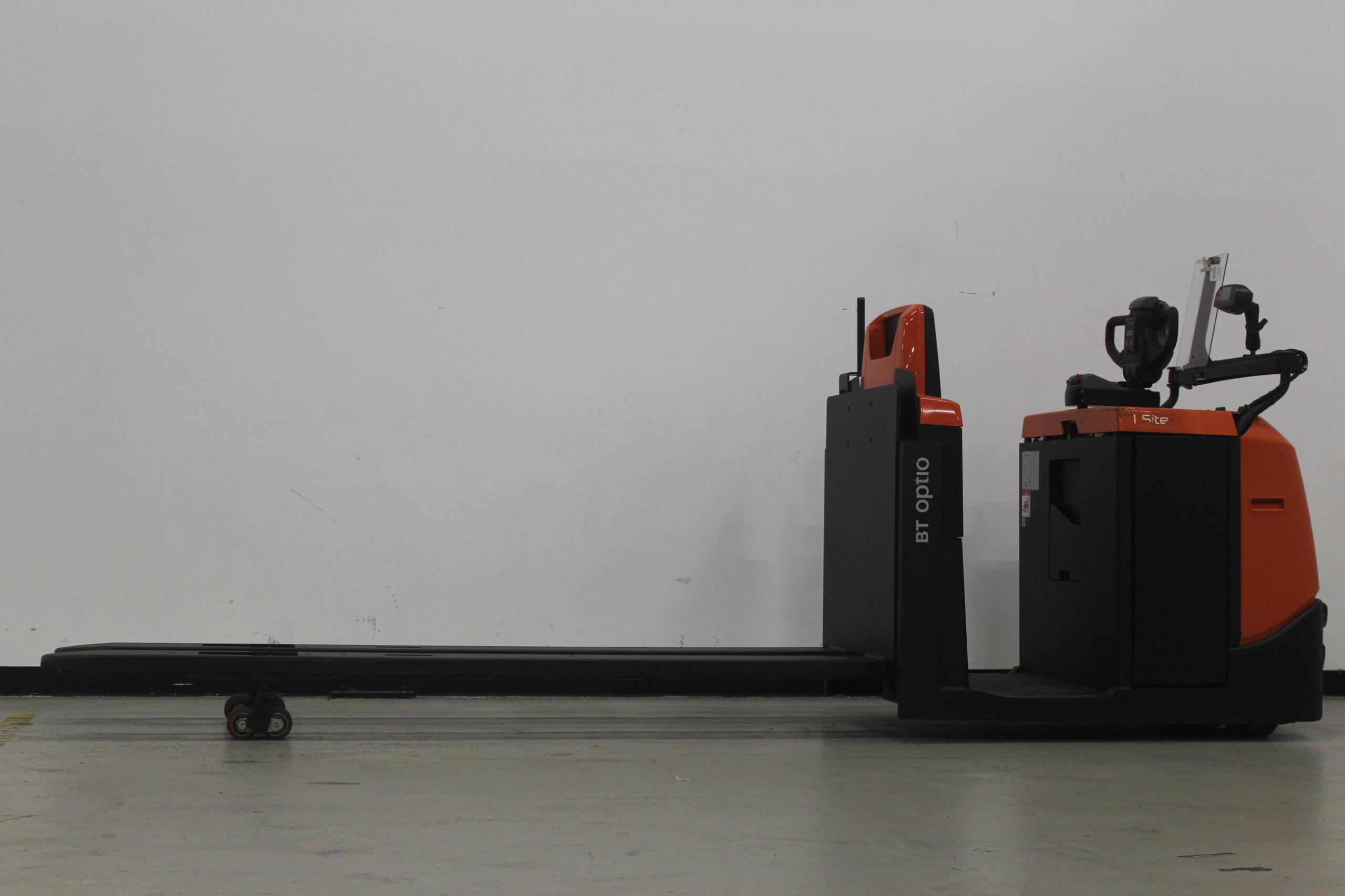 Toyota-Gabelstapler-59840 1811034194 1 9 scaled