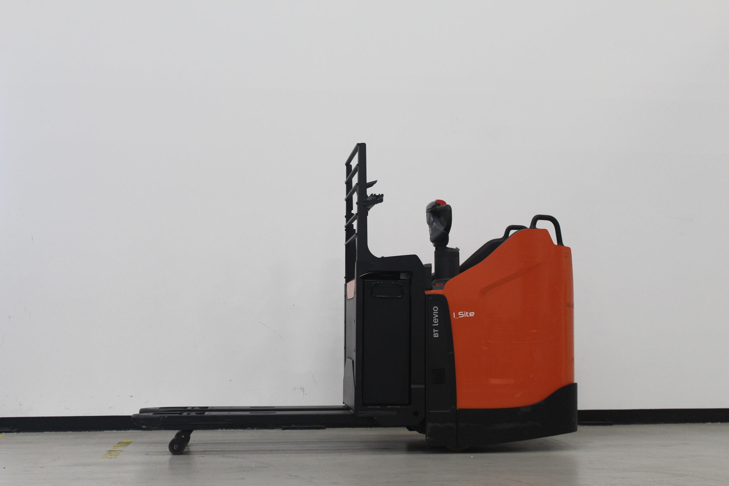 Toyota-Gabelstapler-59840 1812023803 1 46 scaled