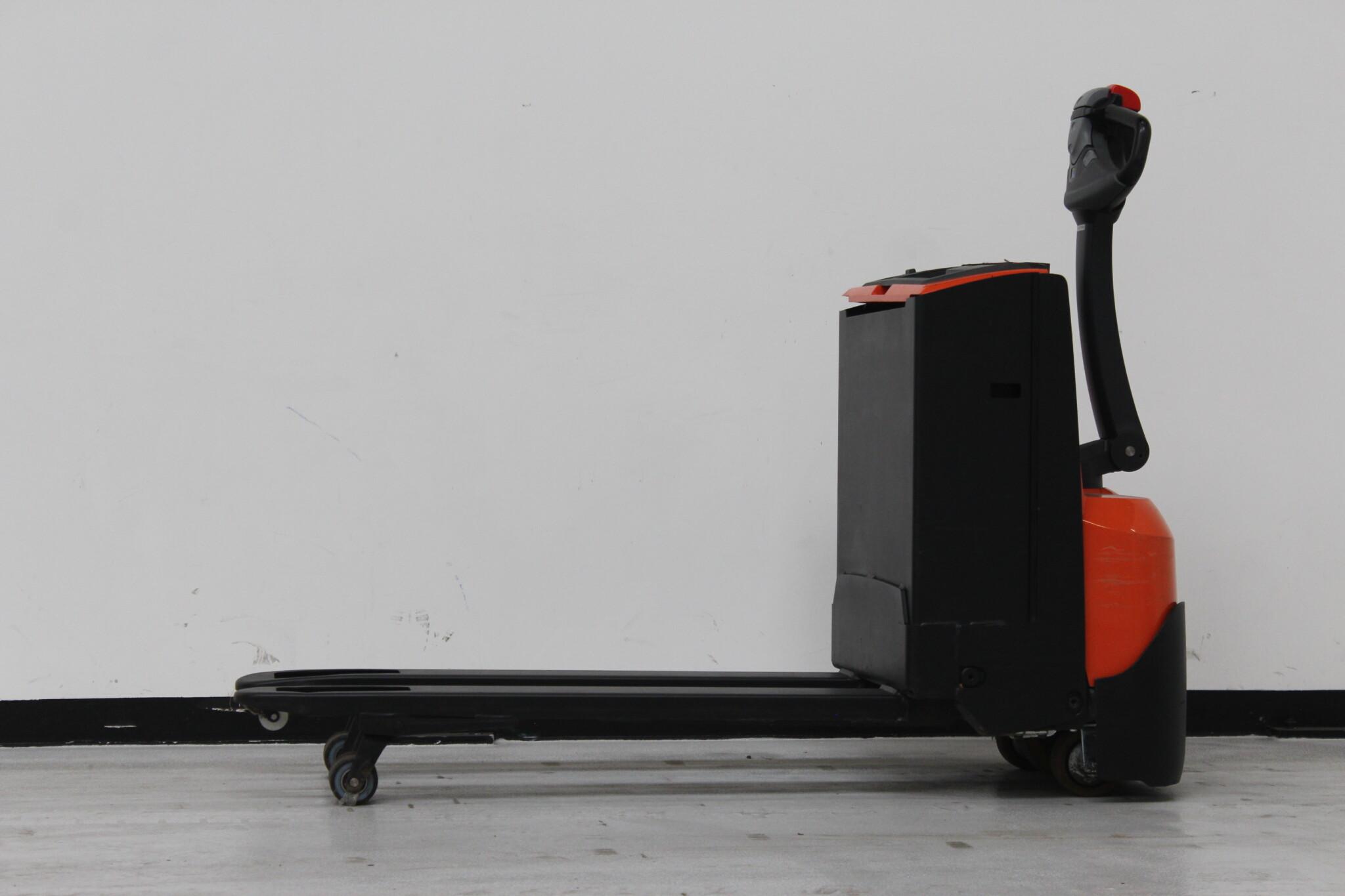 Toyota-Gabelstapler-59840 1901002445 1 scaled
