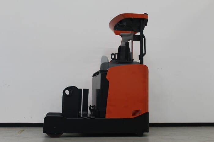 Toyota-Gabelstapler-59840 1901021964 1 scaled