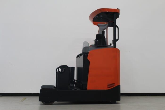 Toyota-Gabelstapler-59840 1902001761 1 scaled