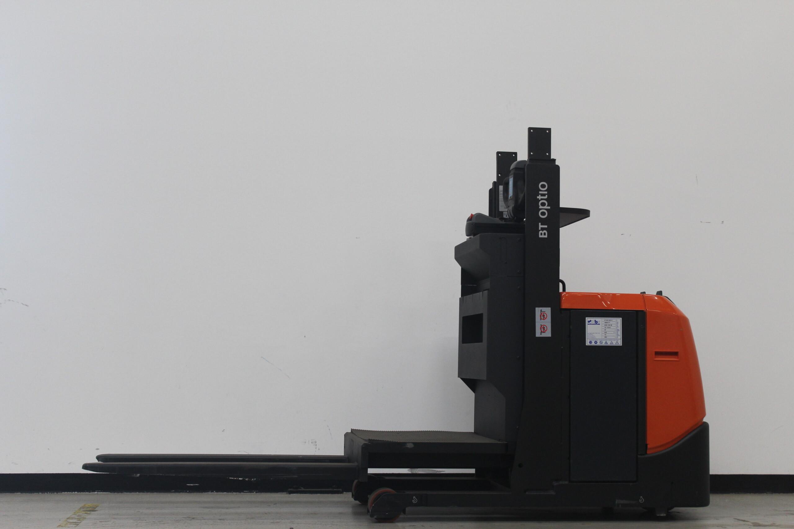 Toyota-Gabelstapler-59840 1902005947 1 55 scaled