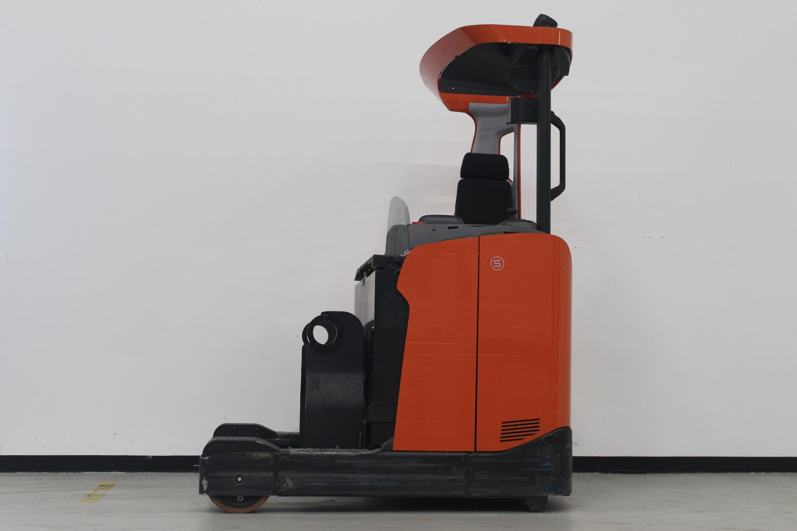 Toyota-Gabelstapler-59840 1905038860 1 93 scaled