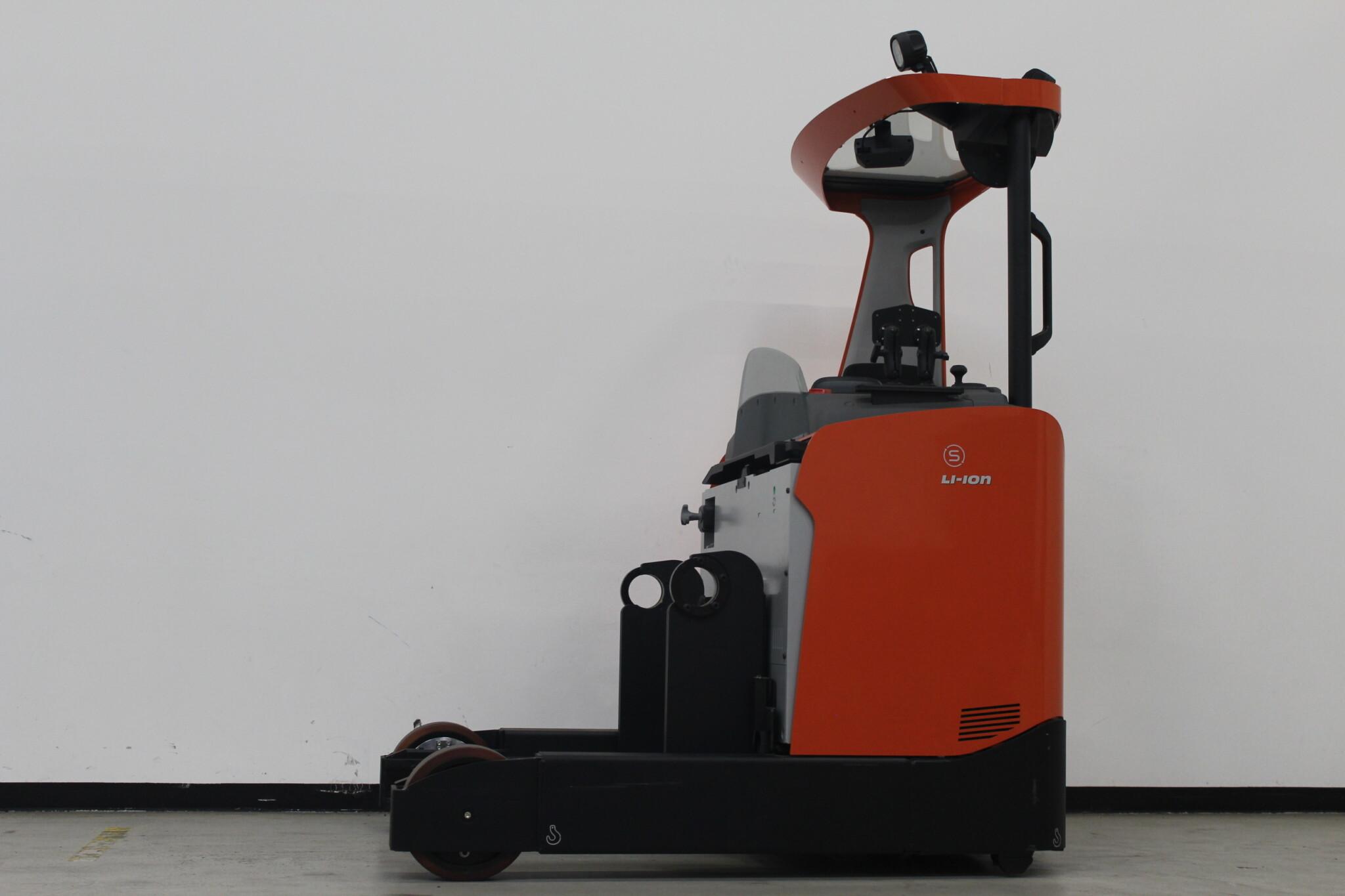 Toyota-Gabelstapler-59840 1907948500 1 scaled