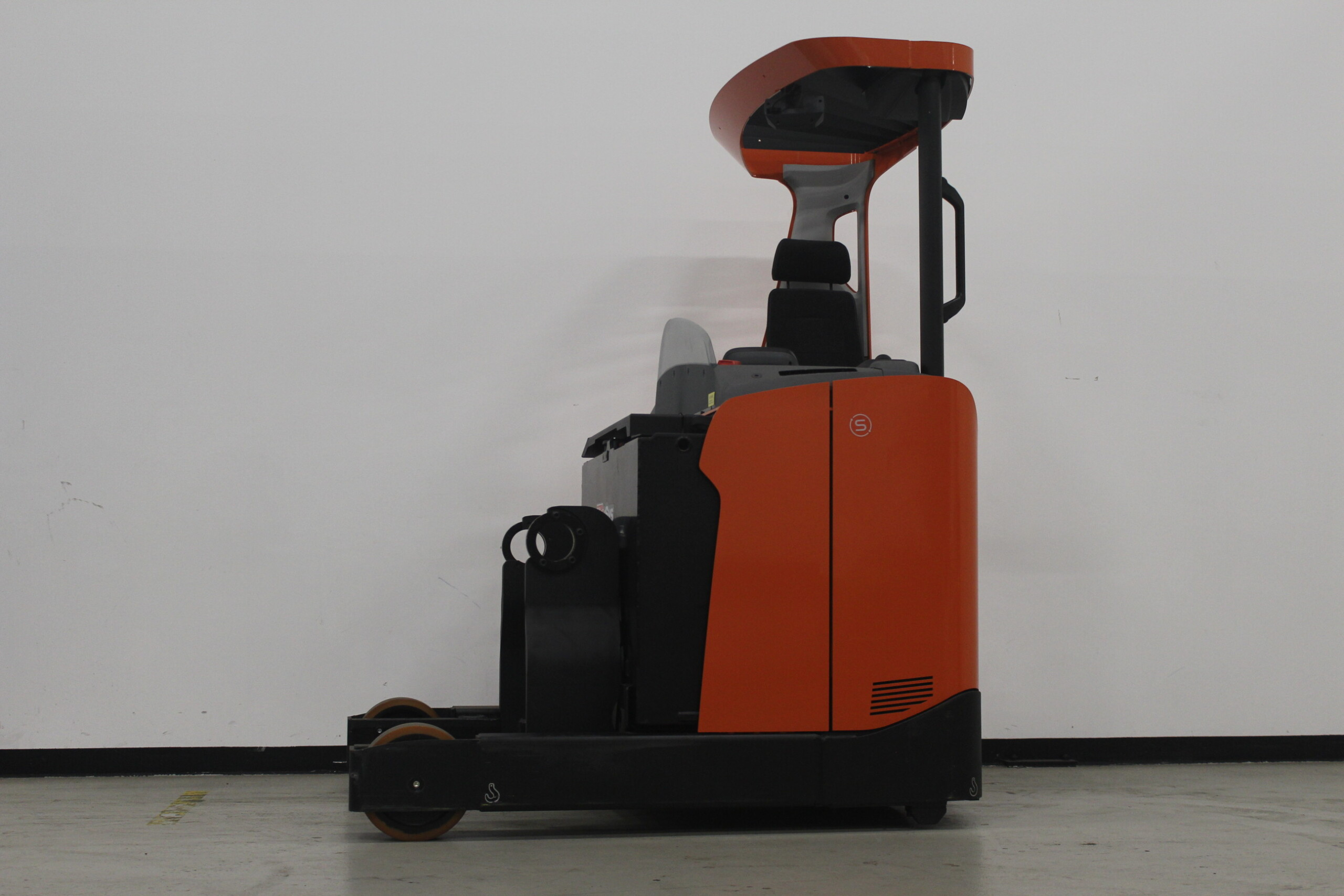 Toyota-Gabelstapler-59840 1907950140 1 10 scaled