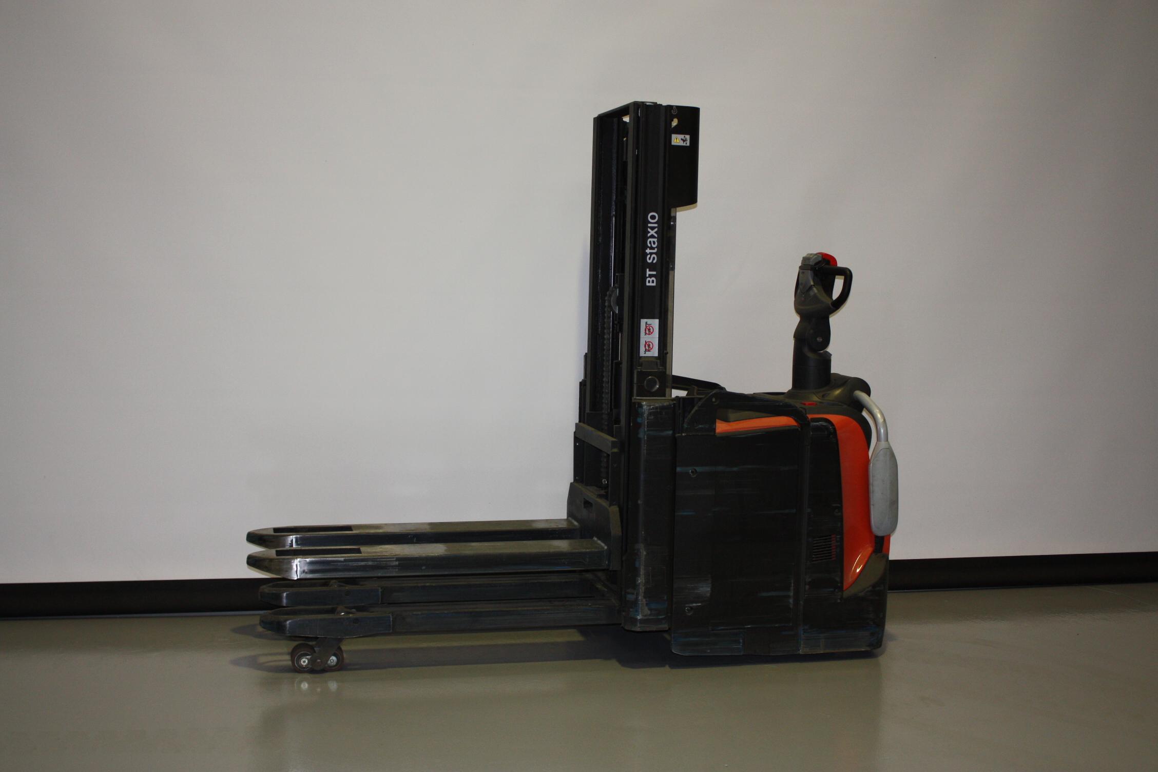 Toyota-Gabelstapler-59840 1909033144 1 5