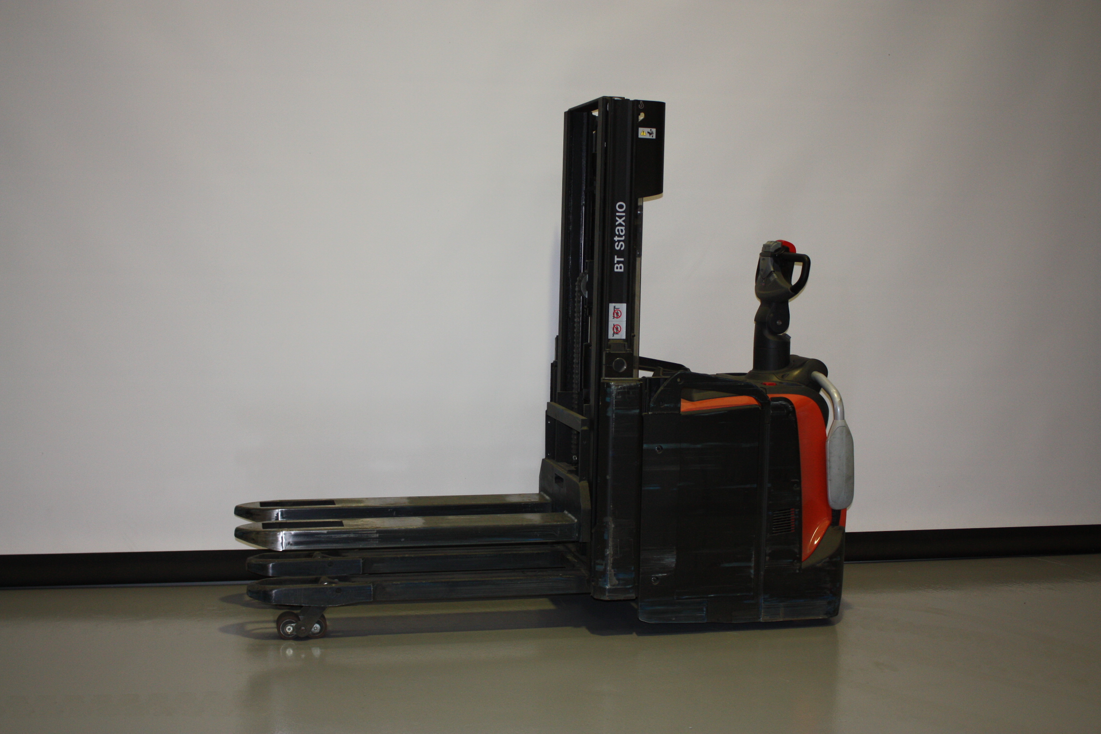 Toyota-Gabelstapler-59840 1909033144 1 9