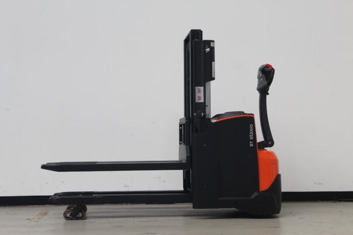 Toyota-Gabelstapler-59840 1912009403 1 scaled