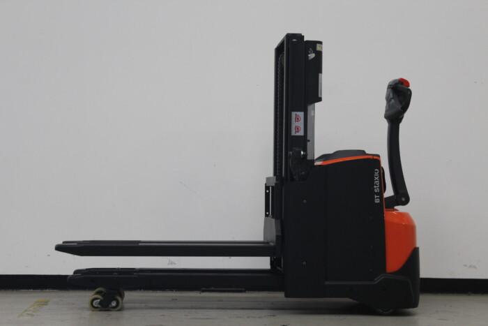Toyota-Gabelstapler-59840 1912017492 1 scaled