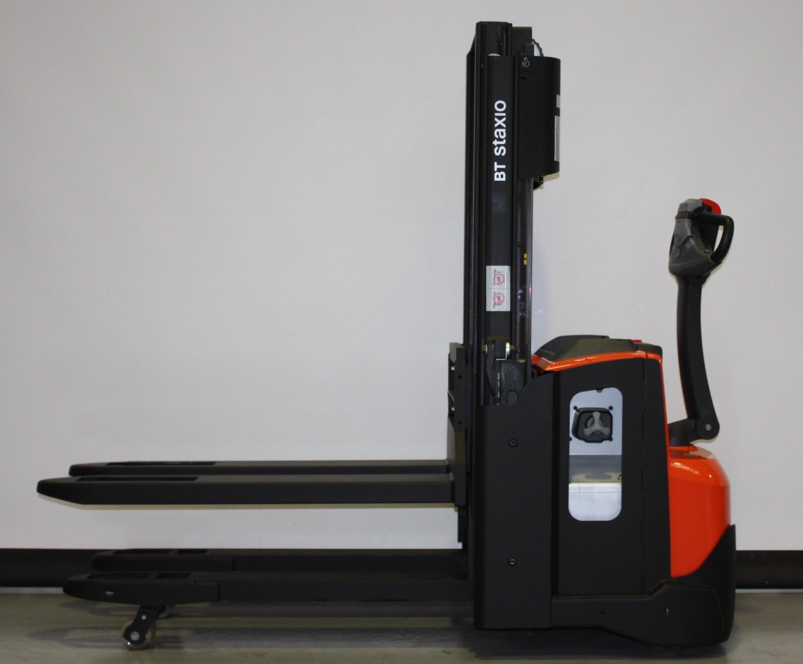 Toyota-Gabelstapler-59840 2003035944 1