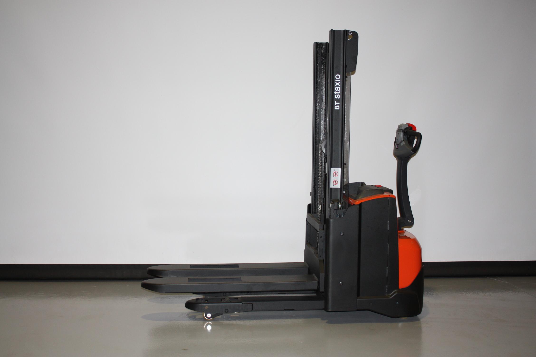 Toyota-Gabelstapler-59840 2009012280 1 6