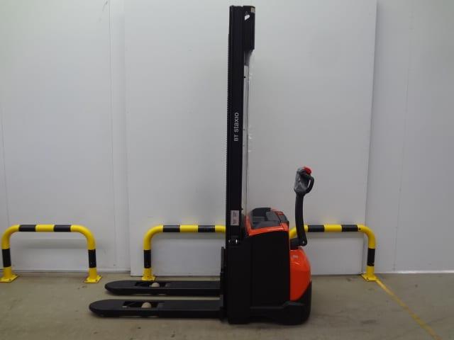 Toyota-Gabelstapler-59840 2010018519 1